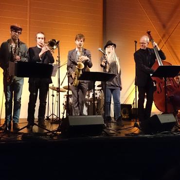 Konsert med Magnus Lindgren