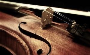 Violin med stråke